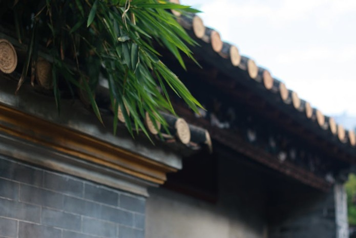 Dallas Roofing Company – When You Should Replace Your Home's Gutters