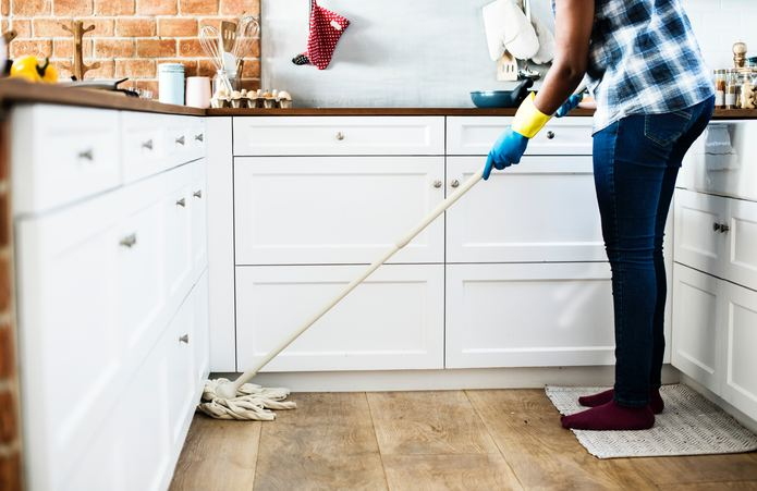 Holiday Cleaning Tips for Last Minute Guests
