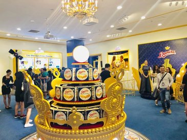 Danisa Butter Cookies Opens Royal Gift House This Tet