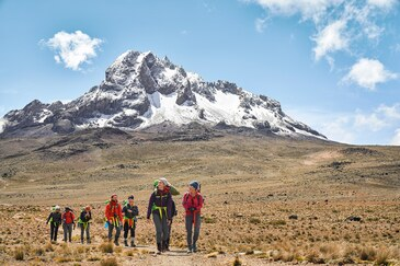 Mount Kilimanjaro Hike – Day Hike Via Kilimanjaro Routes & Packages